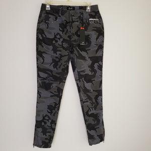 Earl Skinny Grey Camo pants